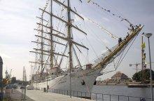 Dar Młodzieży polish tall ship photo